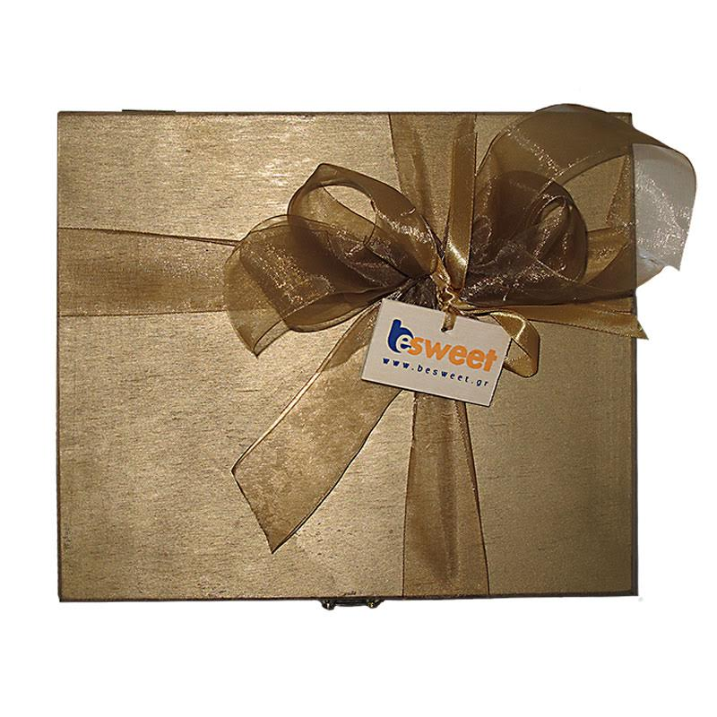 WOODEN GIFT BOX WITH METALLIC COLOUR FILLED WITH GREEK MARRON GLACÉ